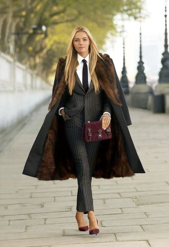 RT @Arting_2D: 여성 정장 #여성 #정장 #패션 #디자인 #자료 #아트인지 #Female #Suit #Fashion #Design #Reference #ArtInG https://t.co/H7zZJtMGYK