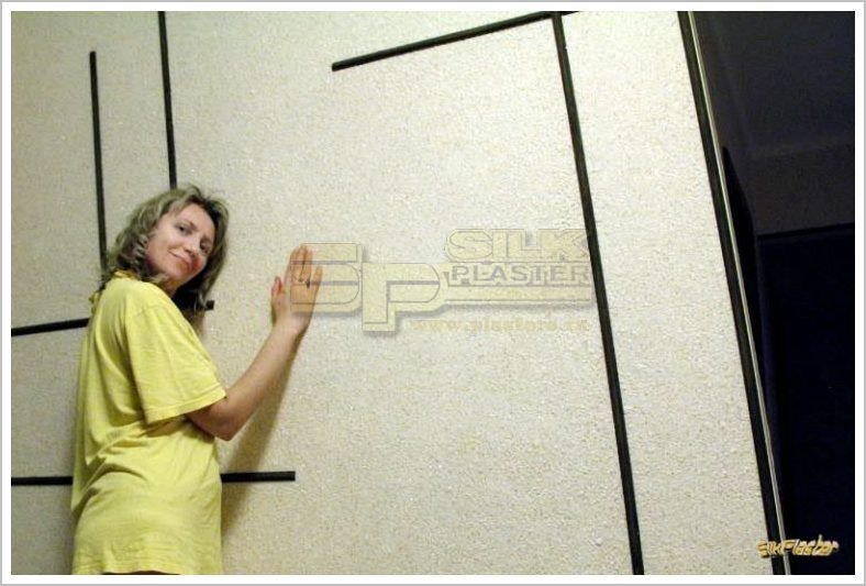 Игрушка своими руками стен