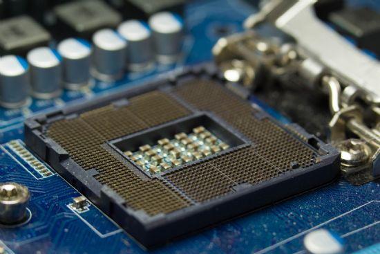 인텔, CPU 보안패치에 돌발 재부팅 결함 확인 https://t.co/BOSzjBKgmQ #zdk