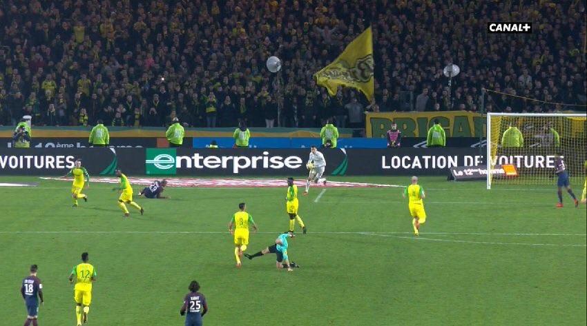 Ligue 1 Referee Kicks Player In PSG-Nantes Match