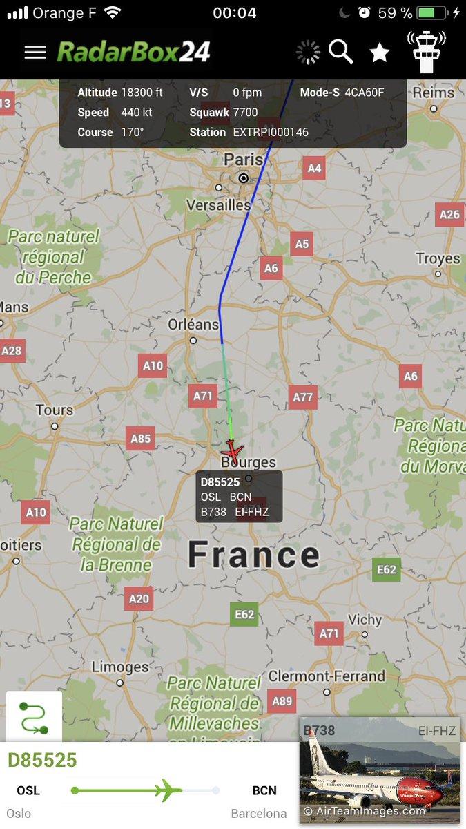 Norwegian #D85525 to Barcelona is declaring an emergency over France #radarbox https://t.co/Dum13MeX71