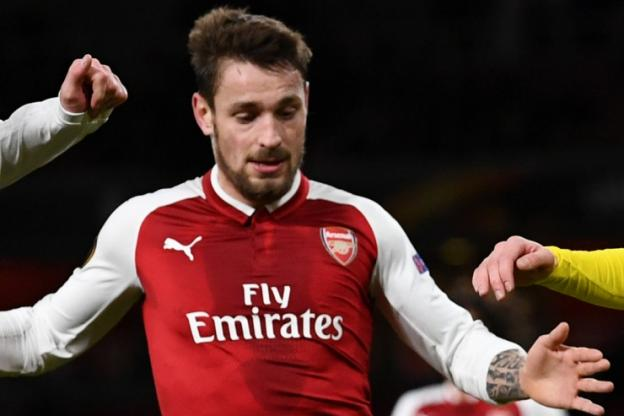 Après l'arrivée de Yann M'vila, Saint-Étienne a sondé Mathieu Debuchy, le latéral français évoluant à Arsenal https://t.co/j9EaSVQB1w