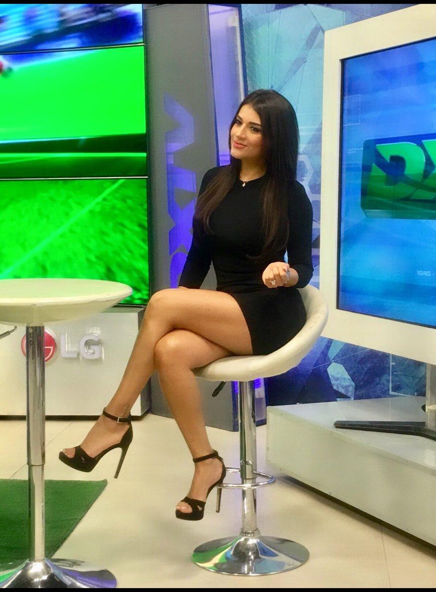 DEBATE sobre belleza, guapura y hermosura (fotos de chicas latinas, mestizas, y de todo) - VOL II DTjbXPPVMAATLXN