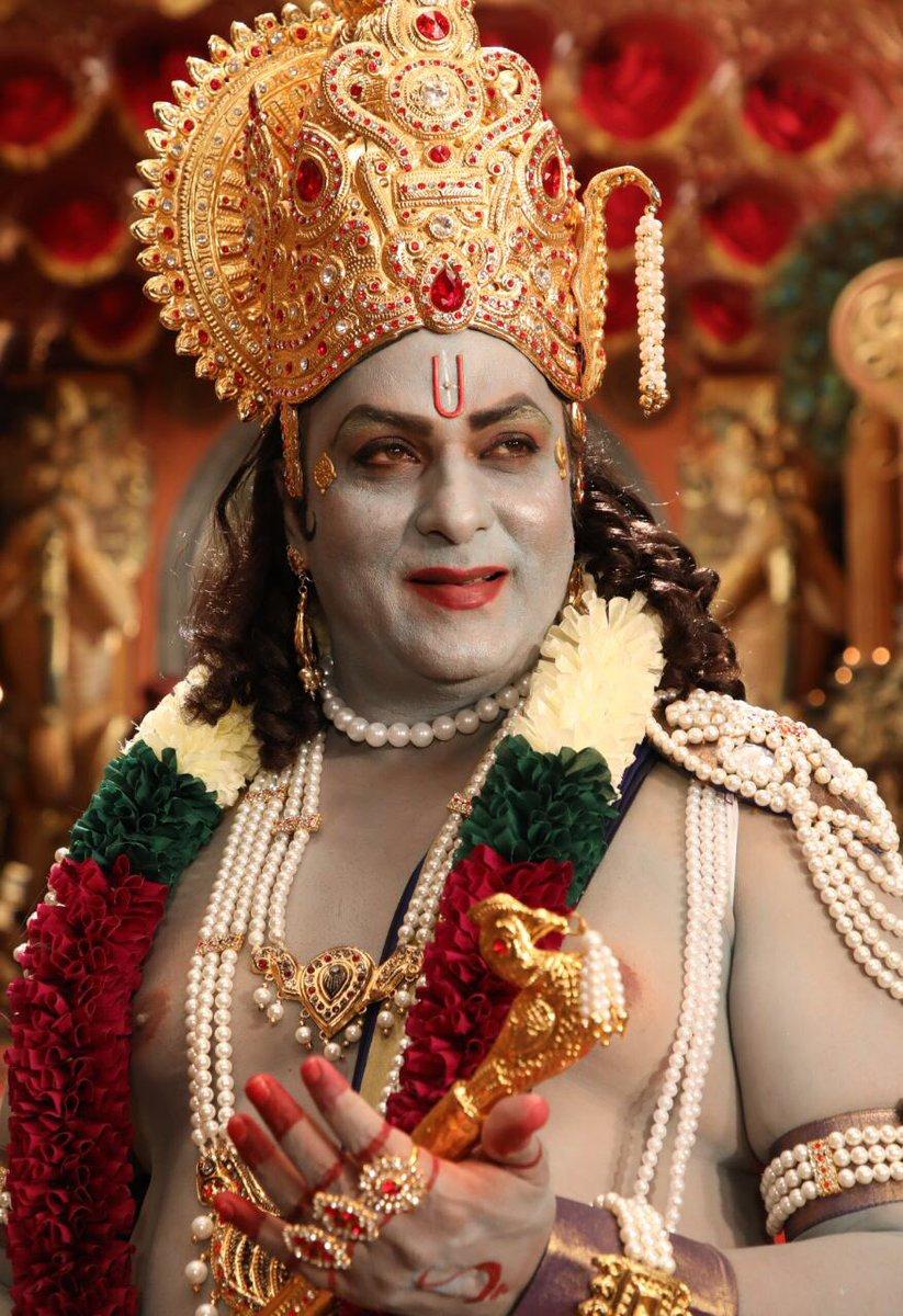 "Sandalwood Critics on Twitter: ""Crazy Star Ravichandran makes a greater  change over and looks perfect for Lord Krishna role in upcoming Kannada  movie #kurukshetra #kfi #Ravimama #Sankranthi #Sandalwood Happy Shankranti  All 😀…"