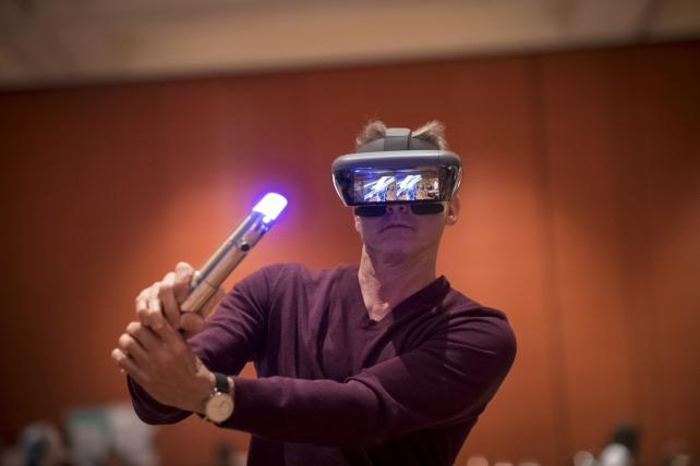 Ad Age @ CES: 5 Things We Learned About AR and VR https://t.co/TNjmDjD1Fp https://t.co/TvPGgy3WMl