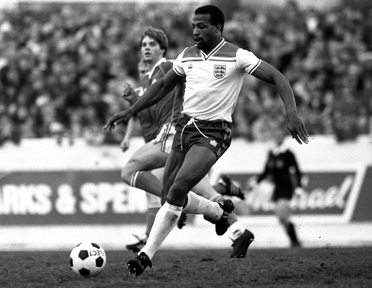 RT @BBCSport: Cyrille Regis, the former West Brom and England forward, has passed away: https://t.co/VpIqHmv2Tw https://t.co/grYz6KFXlQ