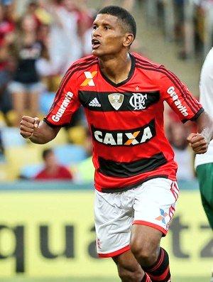 Qual volante que jogou pelo Flamengo te...