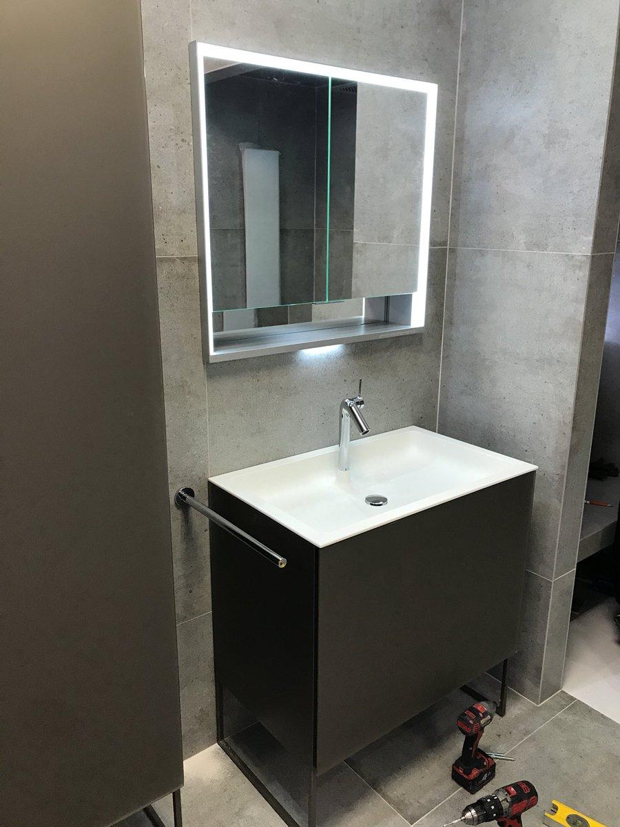 Tile Bathroom Studio On