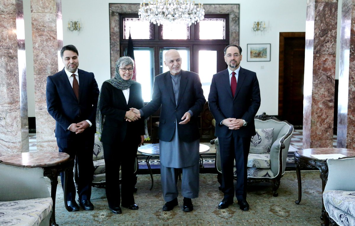 HE Nicola Gordon-Smith had the honour to present her credentials to HE Mohammad Ashraf Ghani, the President of Islamic Republic of Afghanistan, as the seventh resident Ambassador of Australia in Afghanistan. @ARG_AFG