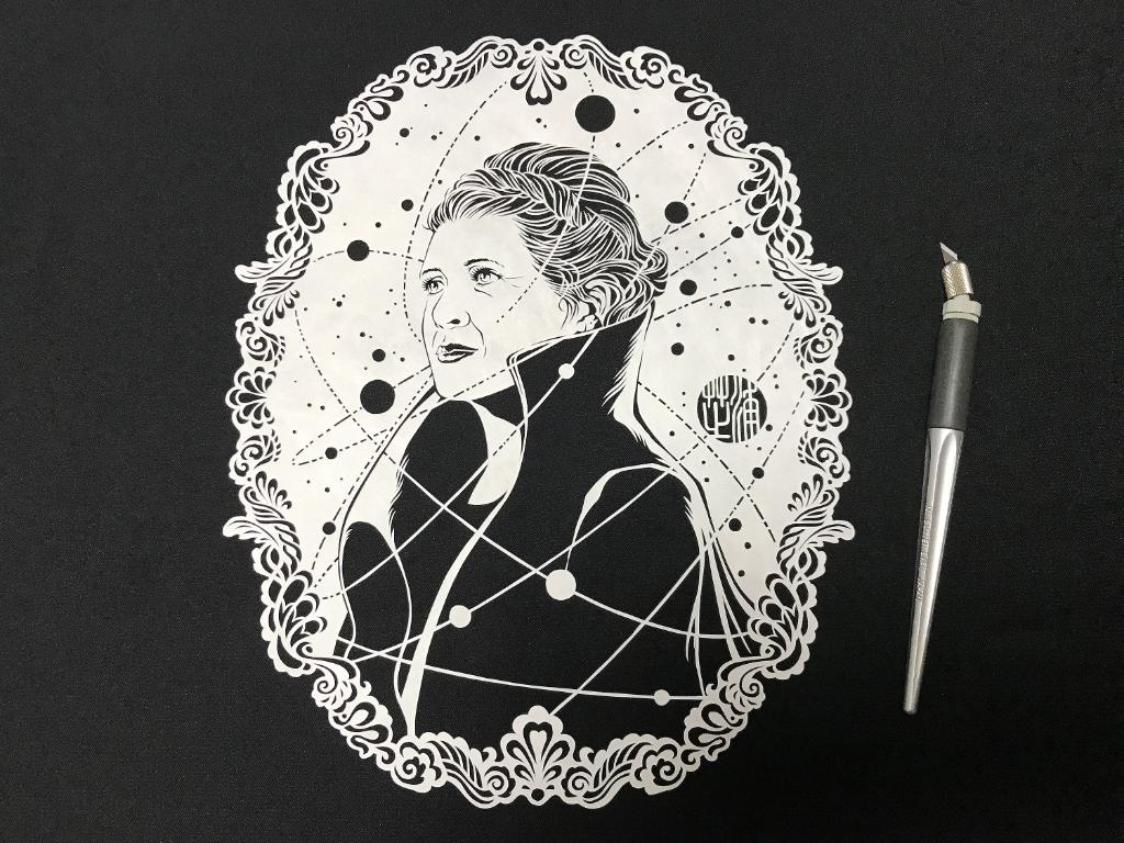 Hope is personified in the legendary Leia Organa. Kirigami by @shibaura_hm. #TheLastJedi https://t.co/XH1kh65dDG