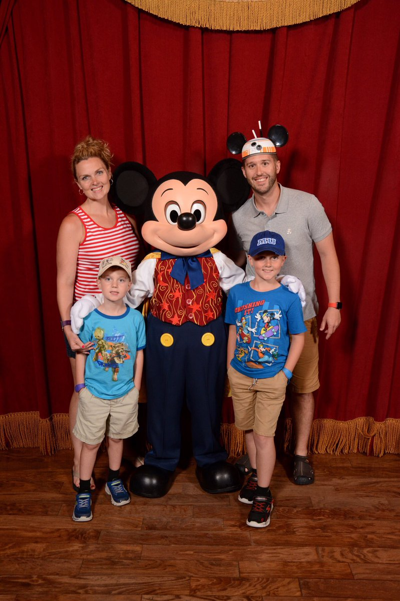 Wdw news today on twitter rumor talking mickey mouse meet and talking mickey is an amazing character experience my family was blown away by our interaction with him he even spoke portuguese to the brazilian lady in m4hsunfo Images