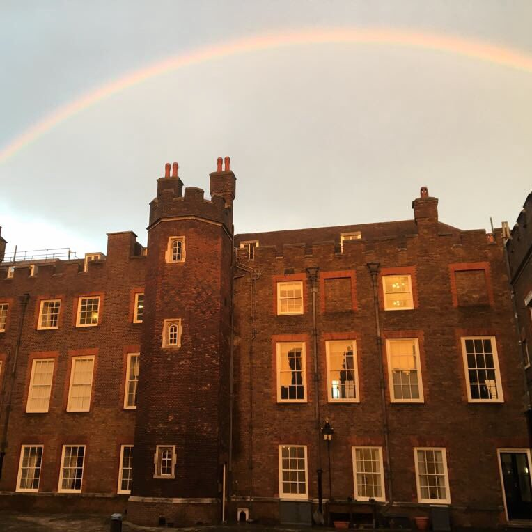 This #rainbow was spotted over St James's Palace today 🌈