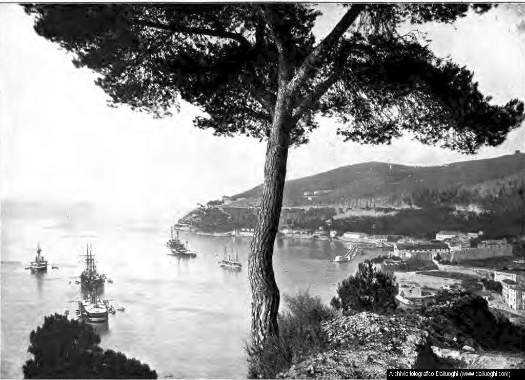 Villefranche 1909 ca.  Una storia di Riv...