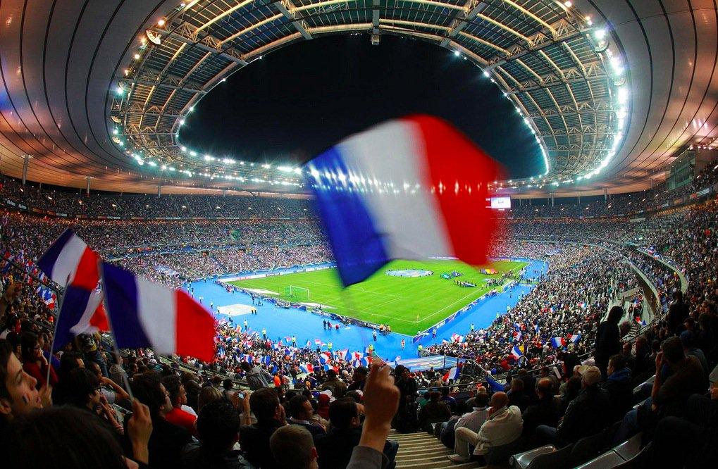 ⚠️⚠️⚠️ (Préinscriptions) RT & Follow pour gagner 11 places en loge pour le match France - Colombie au Stade de France. Un grand merci à PMU, site de paris sportifs ! ⚠️⚠️⚠️  #EDS2000