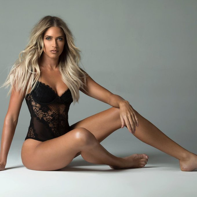 Happy Birthday to former WWE star Kelly Kelly who turns 31 today!