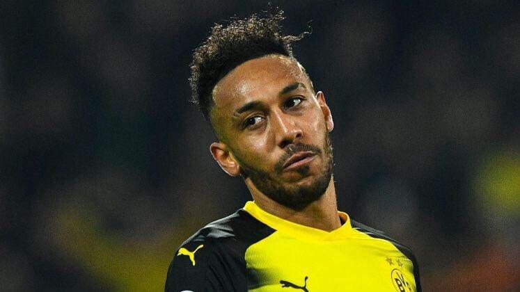 RT @afcstuff: Pierre-Emerick Aubameyang has handed in a transfer request at Borussia Dortmund. [Bild] #afc https://t.co/nzQeerlATj
