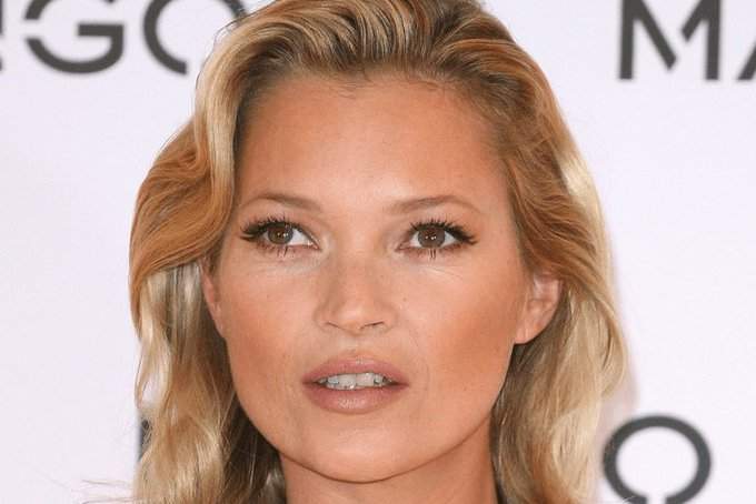Happy Birthday to the fabulous Kate Moss. Hope you have an amazing day! Bollinger sweetie..?
