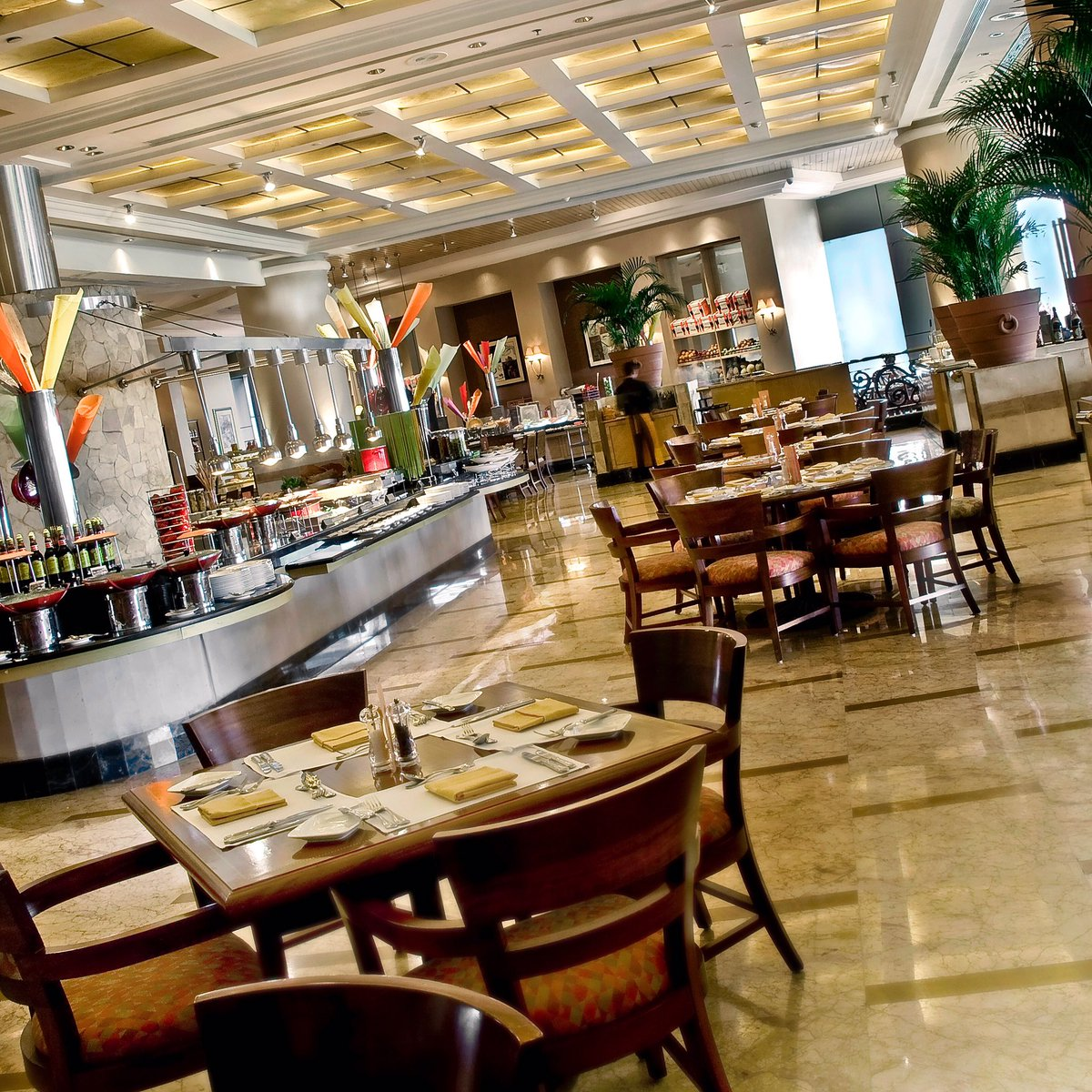Come and dine in @sailendrarestaurant to savor different delectable cuisines with an inviting atmosphere. #jwmarriottjkt https://t.co/2WudCIQq8a