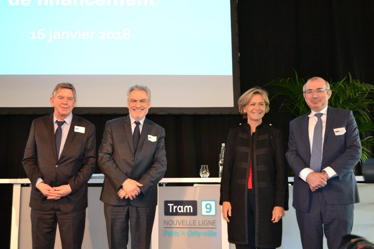 [#TransportIDF] Le @Prefet94 a signé ce matin avec @vpecresse @christianfavier la convention de financement du projet du #Tram9 !  Le tram, qui reliera en 2020 #Paris et #Orly, est construit grâce à un financement de l'État de 91 millions.