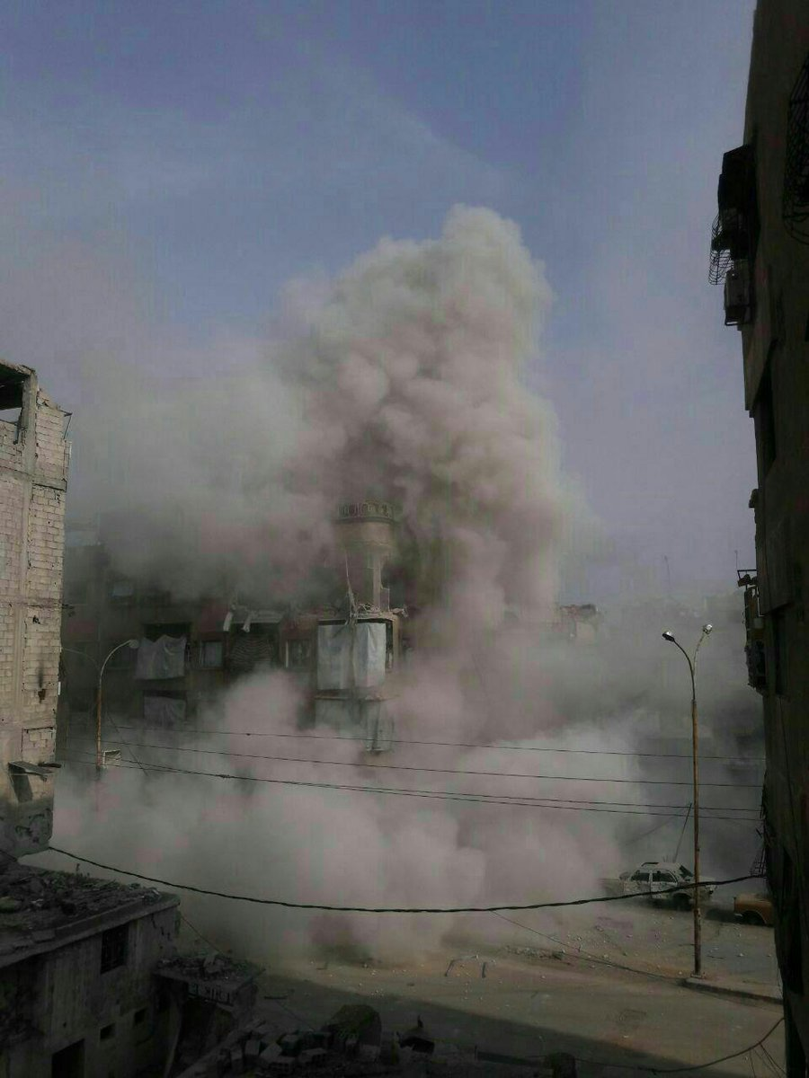 Eastern Damascus: heavy airstrikes on towns of Harasta, Irbeen and Duma.