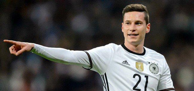 En lice pour le titre de meilleur joueur d'Allemagne, votez pour Julian Draxler... https://t.co/ZxBNkZdFYZ avec @draxler_fans