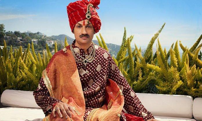Príncipe gay da Índia emociona ao abrir palácio para lgbts sem-teto https://t.co/Cd5ckwctY3