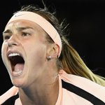 Live: Australian Open Day Two at Melbourne Park ht...
