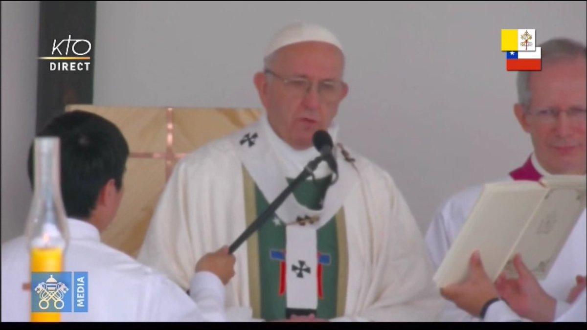 En direct sur #KTO la Messe célébrée par...
