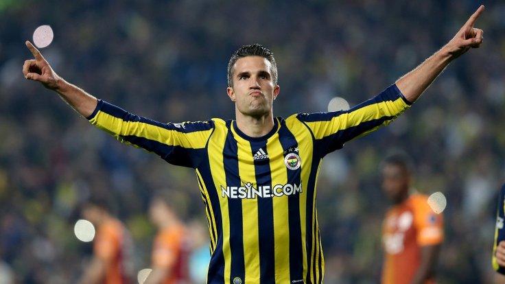 Robin van Persie'nin #Fenerbahçe forması...