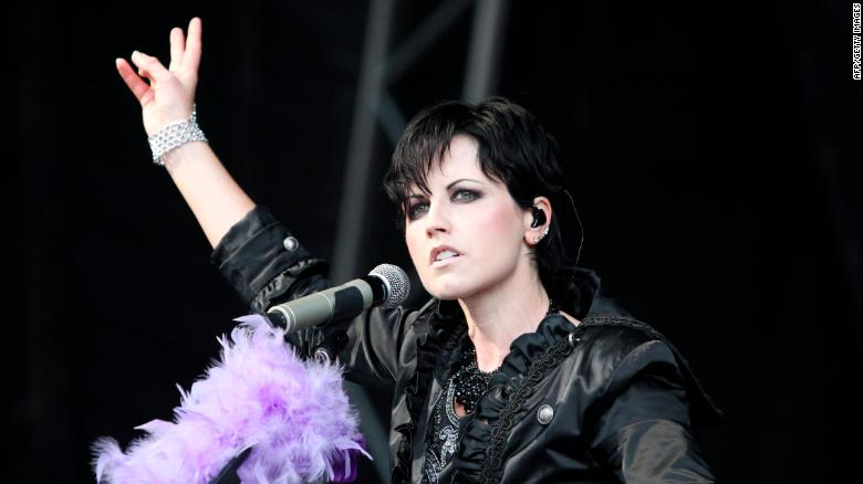 The death of Cranberries singer Dolores O'Riordan is not being treated as suspicious, London police say https://t.co/0yDH2QFMnT