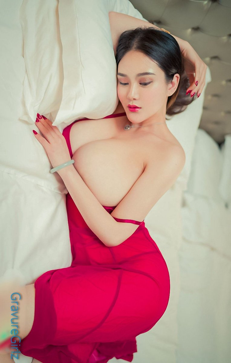 Can recommend www gravure girlz big boobs photos