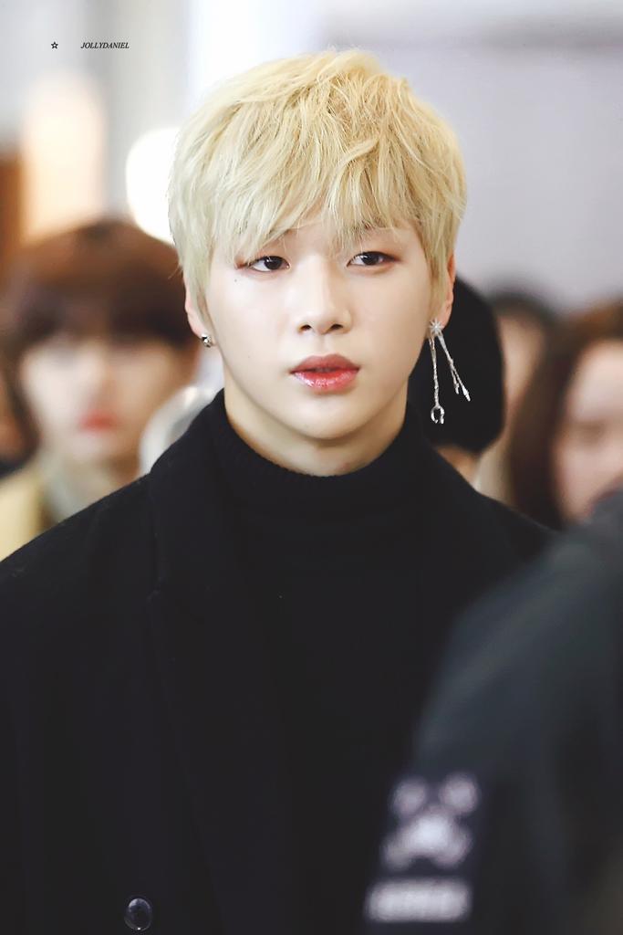 I feel so attacked by Kang Daniel😍 . . #...