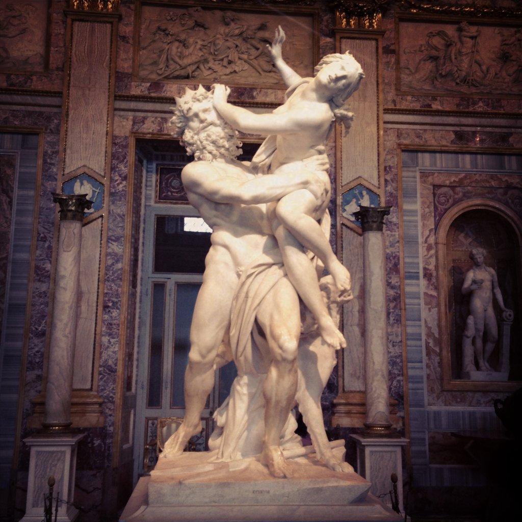 '23 anni, artista su Instagram'  Bernini...