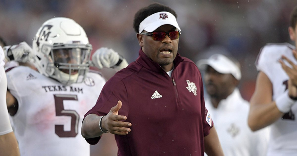 Arizona to reportedly give Kevin Sumlin...