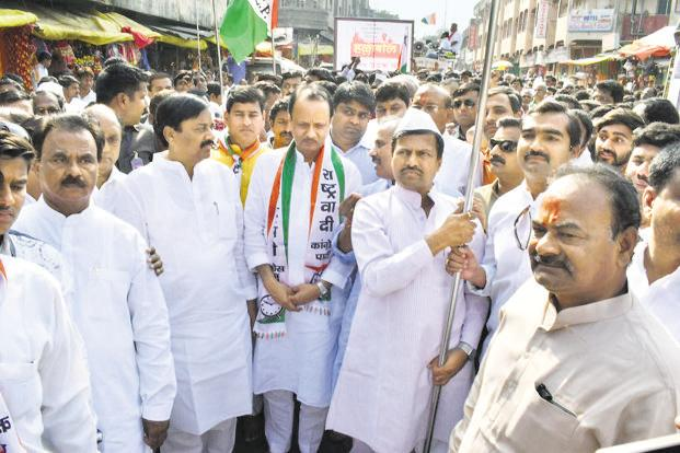 #GujaratElections NCP eyes revival in Ma...