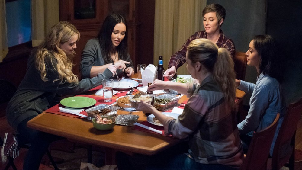 #Supernatural EPs preview backdoor spinoff #WaywardSisters https://t.co/9tvdfbpWyr