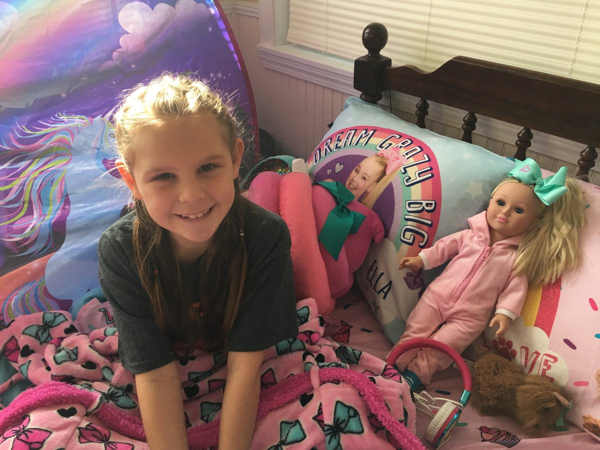 Jojo siwa on twitter i cant can u please send link 4 meet greets advice on best chance 2 actually see you in personwere n tennesseepicitterlfdwlhhyan m4hsunfo