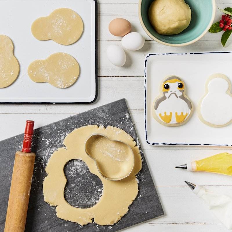 These porg cookies are almost too good to eat... almost. #TheLastJedi https://t.co/XpsLgHgDdb https://t.co/It8YPUxXsl