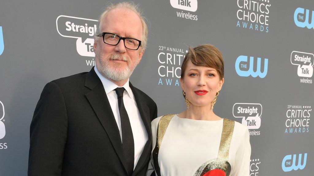 #TheLeftovers star @carriecoon is expect...