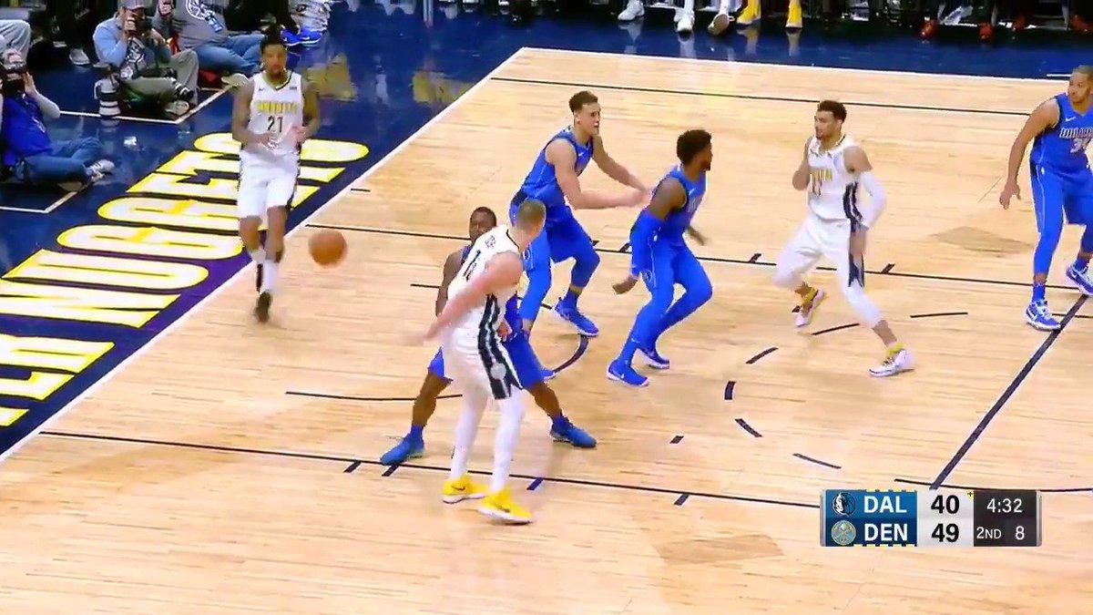 Nikola Jokic dropped the no-look behind the back dime for tonight's #AssistOfTheNight!  #MileHighBasketball https://t.co/DfD33GZZ9u