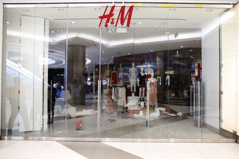 RT @News24: H&M appoints global diversity leader after offensive hoodie debacle   https://t.co/sisHcNJCeS https://t.co/0kqagH3ncQ