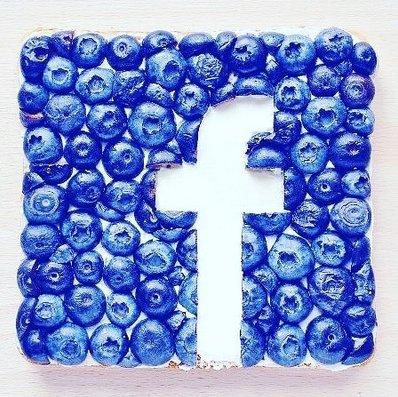 It's a #Blueberry kinda day in the office! #SocialMedia #Marketing #Business #FoodPorn https://t.co/LgLkflHMJC
