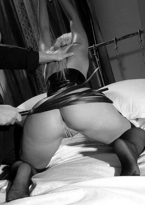 разбитные девушки наказывают порно целует
