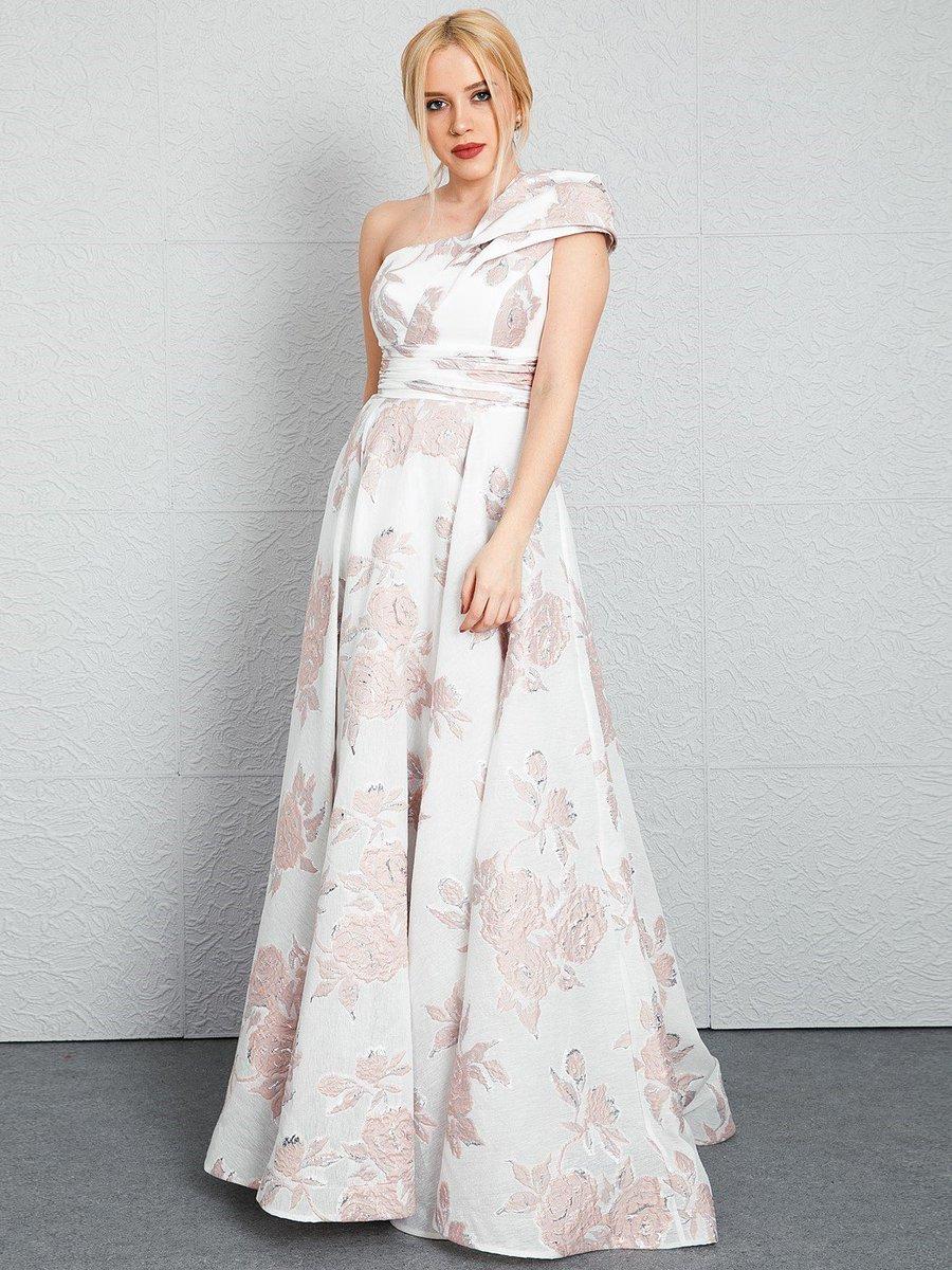 173880f30a ... edin  yesilbursagiyim  yesilbursagiyimcom  samsun  moda  giyim   kadıngiyim  abiye  elbise  abiyemodelleri  dress nightdresses pic.twitter .com I21RUbI2gv