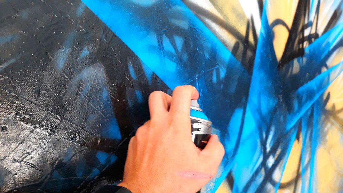 Je recherche une galerie pour presenter mes nouvelles créations...#art #galerie #galeriedart #france #europe #artco temporain #postmodern #calligraffiti #graffiti #abstractart #abstrait  #abstraction #Contact #lepolsk #artist  - FestivalFocus