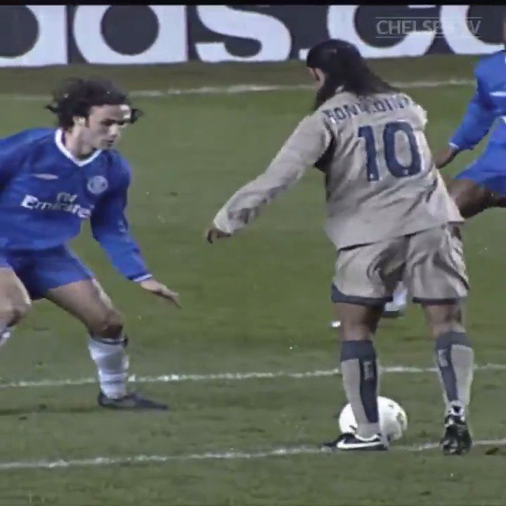 Chelsea FC's photo on Ronaldinho