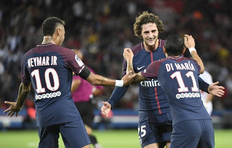 98, c'est le nombre de but marqué par le PSG depuis le début de la saison. La barre des 100 est donc dans la ligne de mire en cas de deux buts contre Dijon. Incroyable !