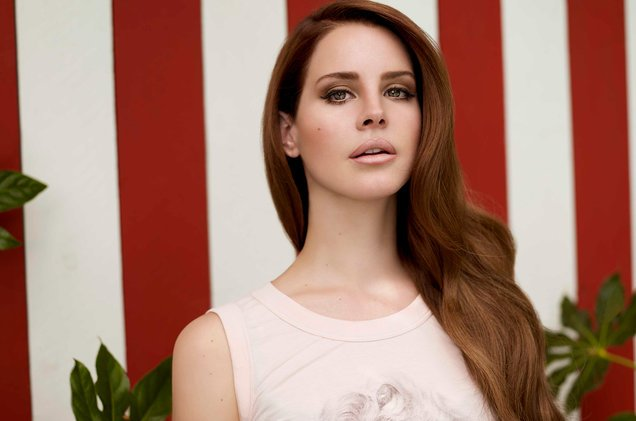 .@LanaDelRey's 'Born to Die' becomes one of only three albums by women with 300 weeks on the Billboard 200 chart https://t.co/pu7n0SOVCJ