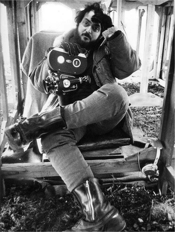 RT @AlbertGalera: Stanley Kubrick on the set of A Clockwork Orange (1971). https://t.co/A4kgrKkLY7