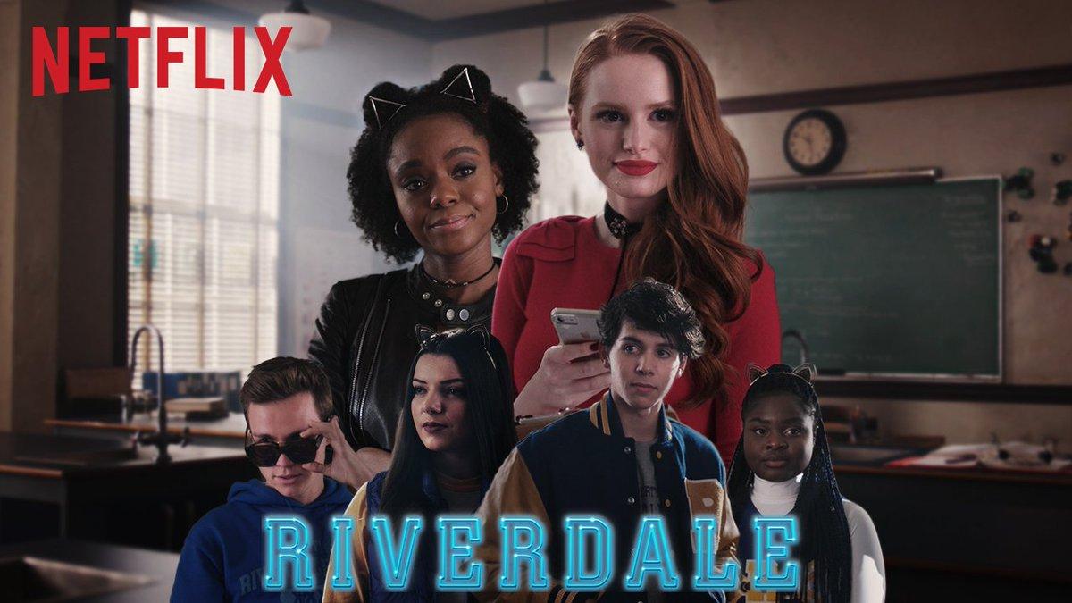 RT @NetflixFR: CHERYL ET JOSIE RECRUTENT ET ÇA TOURNE MAL. 😱  Riverdale saison 2 revient demain sur Netflix. https://t.co/AkitsDN7zb